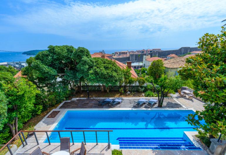 35 swimming pool