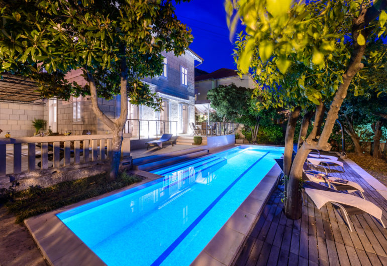 7 swimming pool